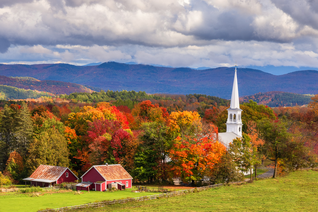 Autumn---Peacham,-Vermont.jpg