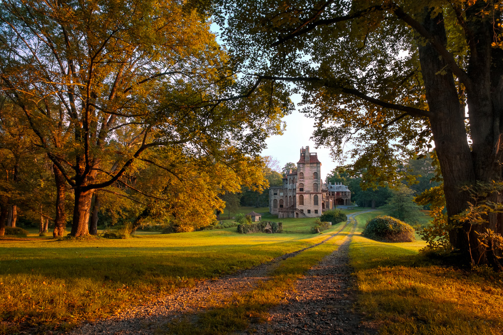 20210206-fonthill-castle-before-and-after-2.jpg